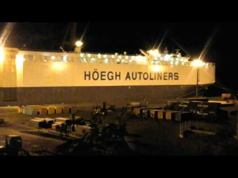 HÖEGH(TOKIO)AUTOLINERS,REUNION ISLAND,CARS DELIVERY AT NIGHT, MARCH SEVENTH 2016.