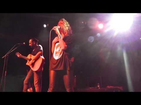 Nawel Ben Kraïem - She Kills + Janis Joplin HD Live From Istanbul 2015 [ Femme Parfaite :) ]
