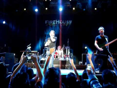 Firehouse live in Singapore 30 June 2010 - Sleeping with you & ...Shake & tumble