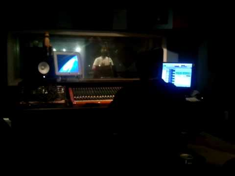 "The Rapper David Frost Performing ""Big Dreams"" in the Studio (OSMG/Skrub-Life)"