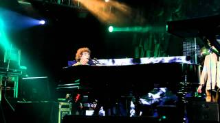 04 Nuevos trapos - Charly García - Gran Rex 01/12/2011