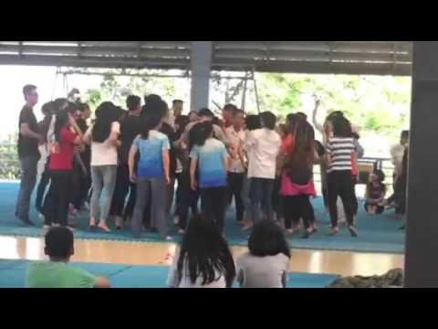 Học sinh THPT Quẩy tưng bừng tại ĐH FPT - Một ngày làm sinh viên