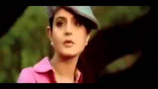Download Video Ameesha patel and nelinitinmukesh hot romance in shortcut romeo movie MP3 3GP MP4