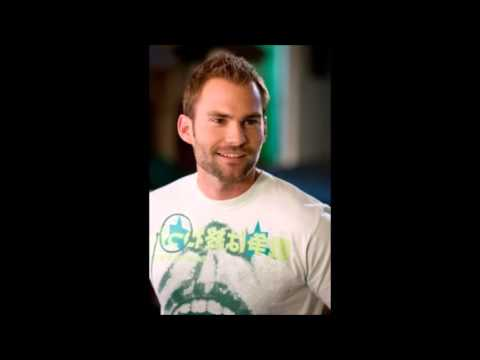 Top 5 Sean William Scott Hairstyles