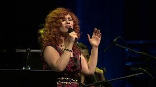 Sareri Hovin Mernem - Lena Chamamyan (Live-Zorlu PSM) /ساريري - لينا شاماميان