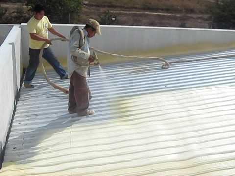 Aplicacion de poliuretano en techo youtube - Aplicacion de microcemento en paredes ...