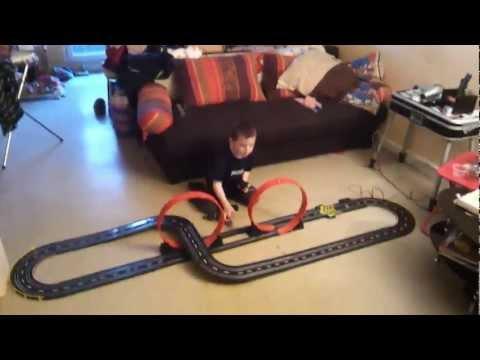 Lucas : mon premier circuit électrique!