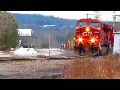 CP TRAINS MEET IN DELANSON NY,3-29-13