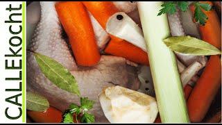 Hühnerbrühe selber machen. Rezept für Hühnersuppe oder Soße
