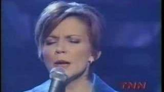 MARTINA MCBRIDE - WRONG AGAIN