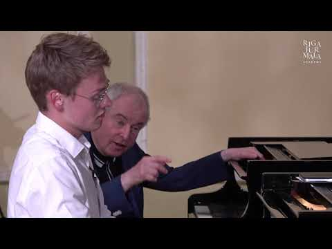 Piano masterclass with András Schiff and student Kasparas Mikužis