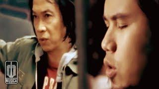 Chrisye - JIKA SURGA DAN NERAKA TAK PERNAH ADA (Official Video)
