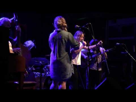 Watkins Family Hour - Fiona Apple - Jolene - Tractor - Seattle, WA 8/23/2015