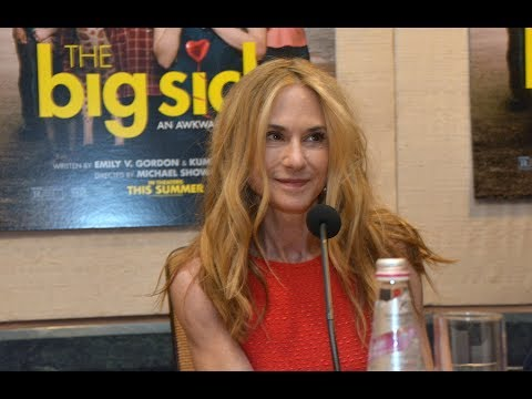 Holly Hunter and Ray Romano Talk The Big Sick