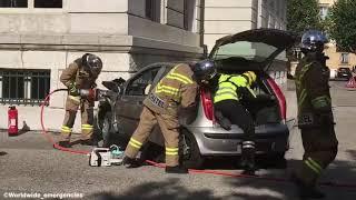 Manoeuvre de désincarceration d'une voiture par les Sapeurs Pompiers de Neuchâtel, Suisse