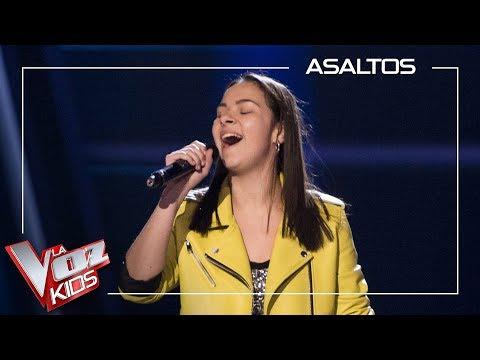 Alba Aguilar canta