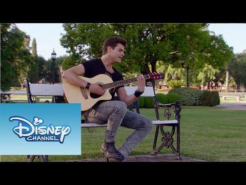 Violetta: Momento Musical: Diego canta