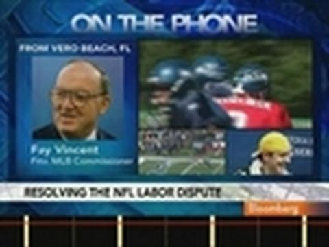 Vincent Says NFL Lockout Would Cause `Serious