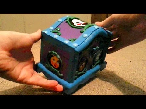 "CUSTOM Five Nights at Freddy's Music Box: Real Working Music Box Plays ""Grandfather's Clock"""