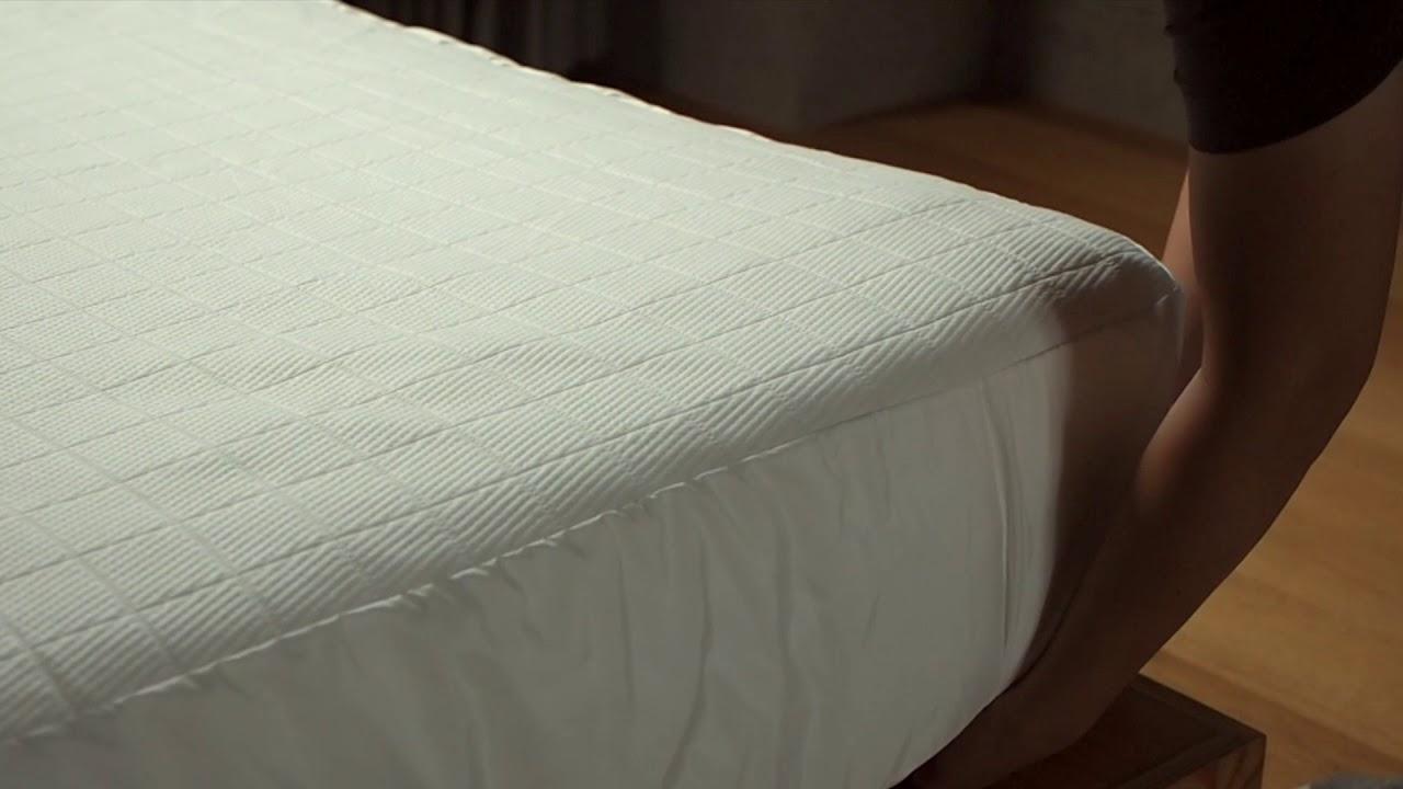 眠豆腐保潔墊——好裝又好洗 - YouTube