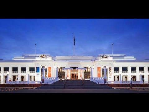 Studio - Museum of Australian Democracy si interviu cu un aborigen