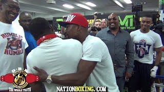 (YOU WONT BELIEVE THIS) BRONER INVADES PORTERS WORKOUT AND MAYWEATHER BREAKS THEM UP