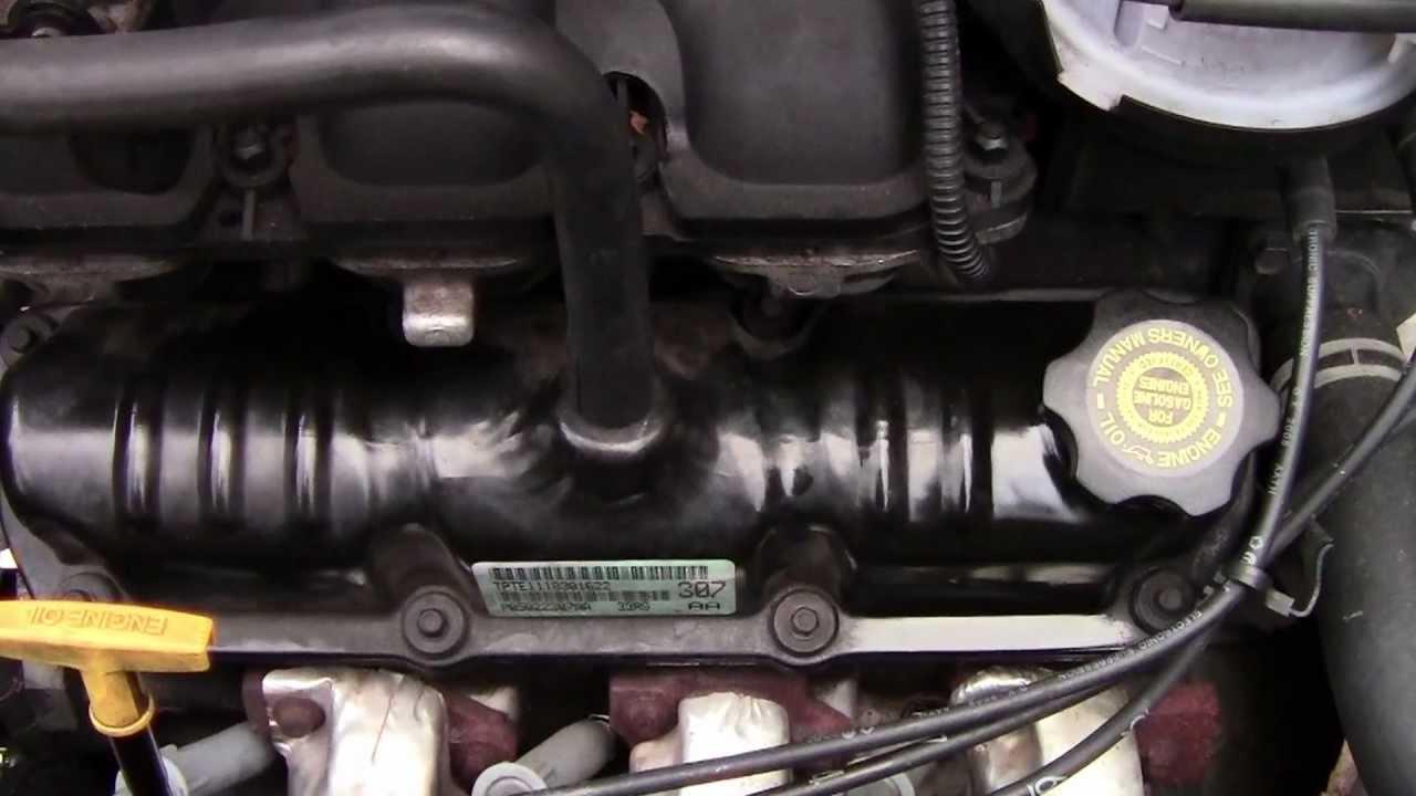Dodge 2003 Grand Caravan 3 3 Making Engine Noise Youtube