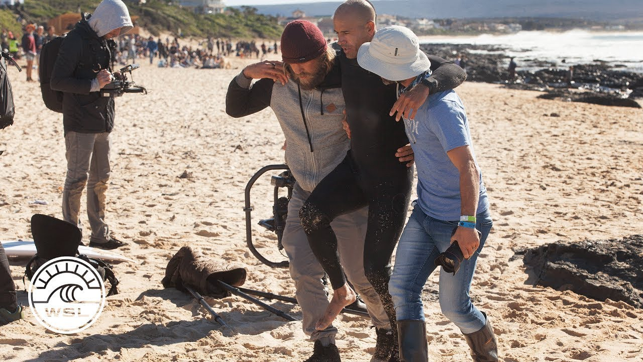 85fda53f535437 Injury Update  Kelly Slater Breaks Foot During Free Surf Session - Corona  Open J-Bay 2017