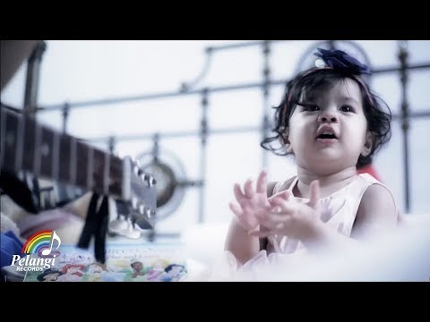 Rock - TRIAD - Neng Neng Nong Neng (Ku Ingin Terus Lama Pacaran Disini) | (Official Music Video)