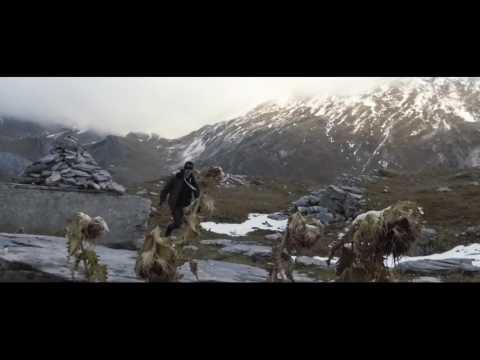 Youtube: Lucio Bukowski & Milka – Mouchoir d'Adam (réa: Monsieurtok)