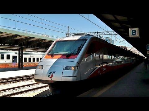 Bari Centrale mit/con Frecciargento, -bianca, E.464, Minuetto, ATR 220, DE 122 und mehr/e altro