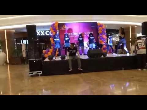 DNA celebrator perform @celebrity fitness lippo jogja. Choreo by Zee