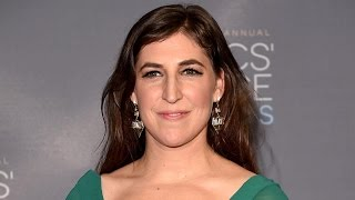 'The Big Bang Theory's' Mayim Bialik on Bringing Back Her '90s Alter Ego, 'Blossom'