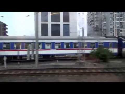 Exploring China: Bullet Train from Chengdu (成都) to Dujiangyan (都江堰) Cities 150MPH!!!