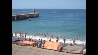 Морские прогулки на пляже в Лоо видео(Морские прогулки на пляже в Лоо видео, заказать морскую рыбалку в открытом море в Лоо можно по телефону..., 2016-06-26T16:02:18.000Z)