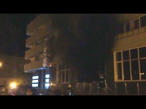На фото Четверо пострадали при пожаре в отеле изображение