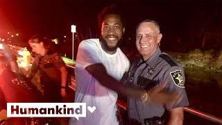 Deputy helps deliver baby on the side of the road | Humankind
