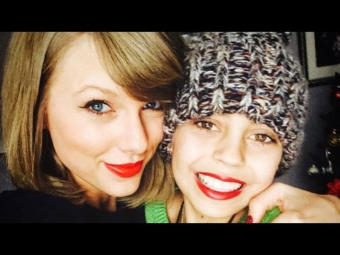 Taylor Swift Pulls Off Epic Christmas...