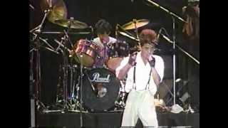 音楽番組「LIVE TOWN」 PITで行われた「ROCK FILE'88」でのLÄ-PPISCH □LÄ-PPISCH http://ja.wikipedia.org/wiki/L%C3%84-PPISCH.