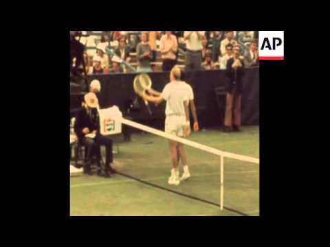 STAN SMITH BEATS ANDRES GIMENO AT THE US OPEN TENNIS - 1972
