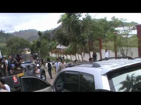 Violence by TNI/ police on the dissolution of the Papuan People