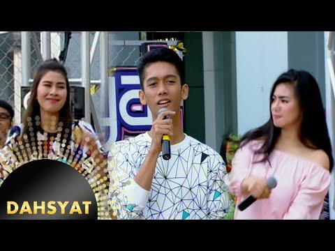 Asyiknya Host Dahsyat Bernyanyi Dengan Ramli [DahSyat] [13 September 2016]
