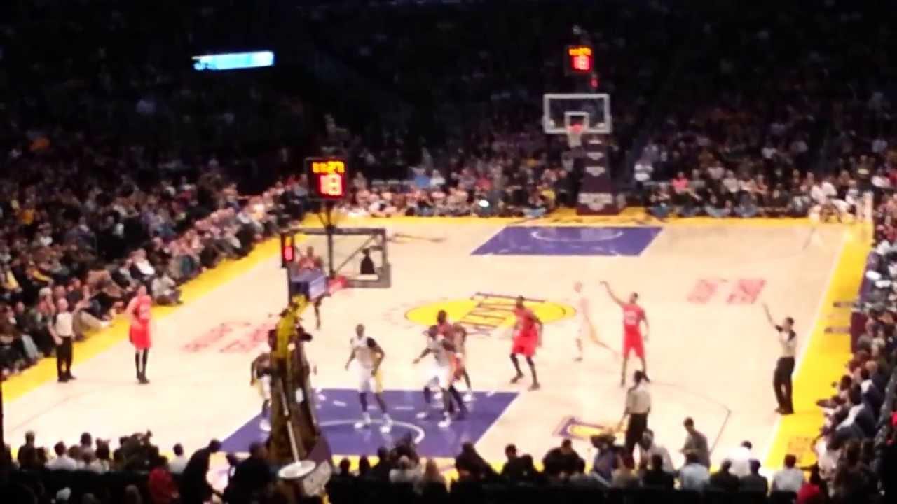 Lakers vs. Hawks (3/3/2013): Start Of The 2nd Quarter LIVE!