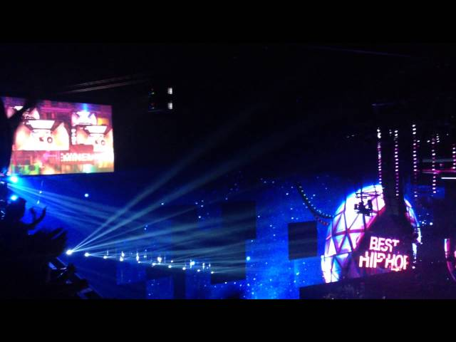 Rita Ora + Eminem - Best hiphop award MTV EMA 2013 Travel Video