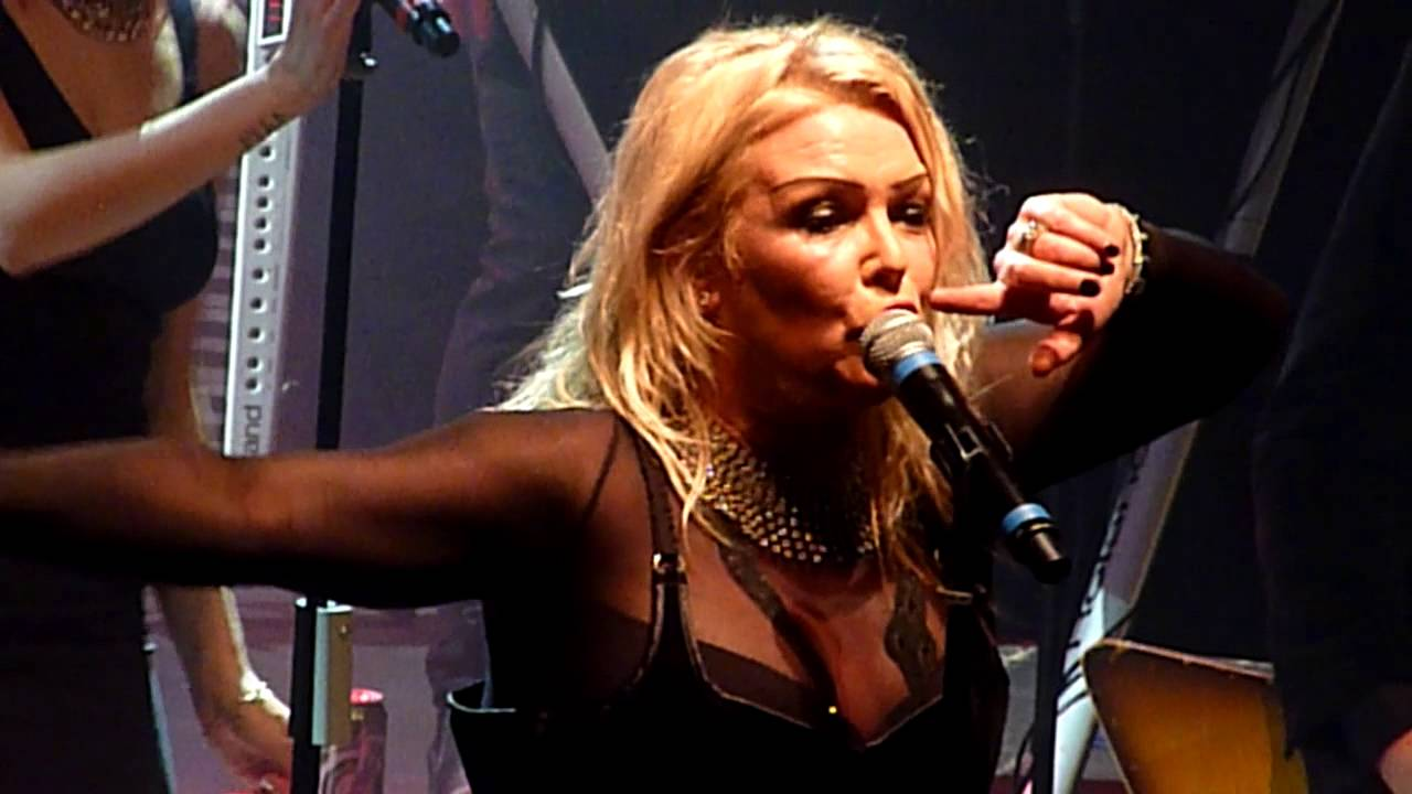 kim wilde cambodia shepherds bush empire london. Black Bedroom Furniture Sets. Home Design Ideas