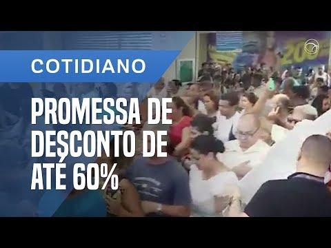 PROMOÇÃO DE SUPERMERCADO ATRAI MULTIDÃO NO RIO