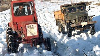 Трактор Т 25 против УРАЛ 6Х6 | Сравнение Проходимости по Снегу