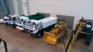 Download Video 1:16 RC Truck & excavator & dozer size comparation - kumandalı kamyon kepçe dozer MP3 3GP MP4