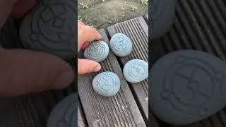 Русские Руны на камнях