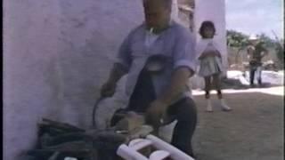 このフィルム映像は、1967年、木工芸家の黒田辰秋によって、スペイン・...